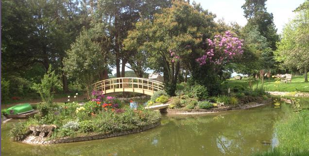 http://www.rousdonestate.com/uploads/images/mainphotos/garden.jpg